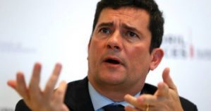 82901752_Brazils-Justice-minister-Sergio-Moro-attends-a-news-conference-during-Estoril-Conferences-485x255